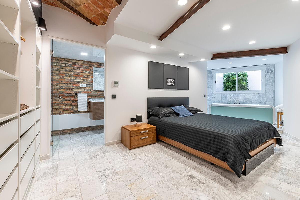 Rambla-112-loft-en-tarragona-dormitorio-panoramica