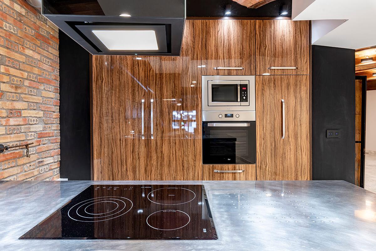 Rambla-112-loft-en-tarragona-encimera-cocina