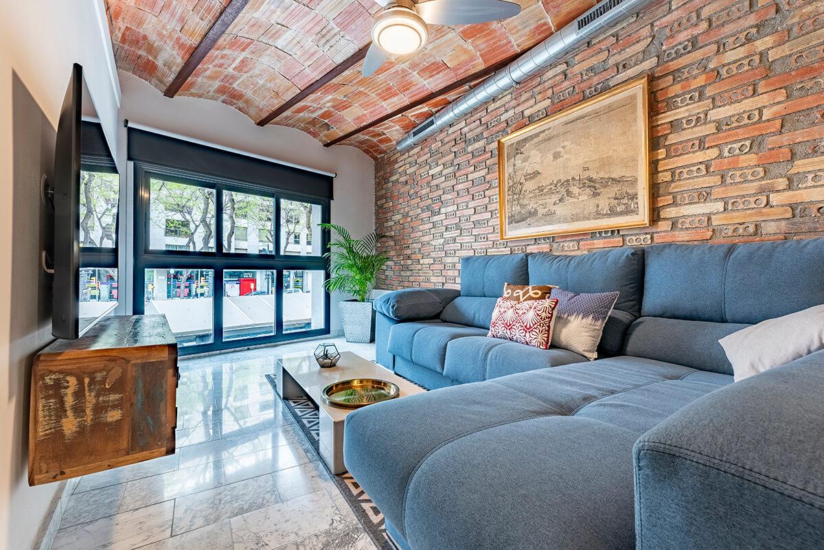 Zona de sofa y tv